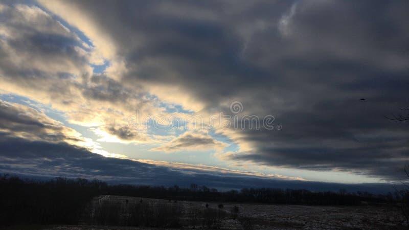 Nubes de lluvia de Wisconsin que vienen adentro fotos de archivo