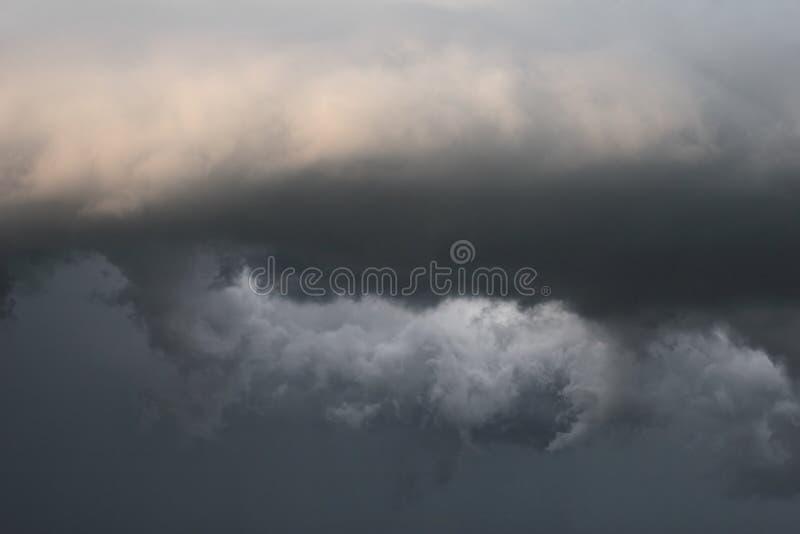 Nubes de tormenta del tornado foto de archivo libre de regalías