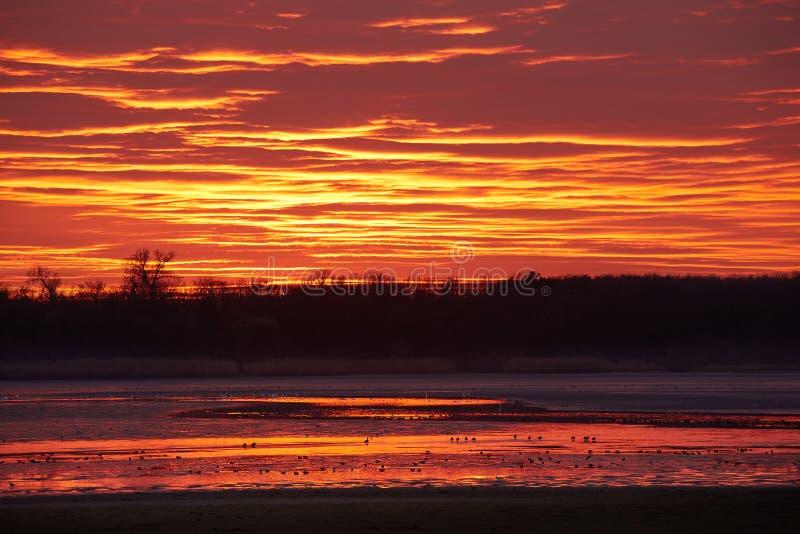 Nubes del cielo de la puesta del sol fotos de archivo libres de regalías