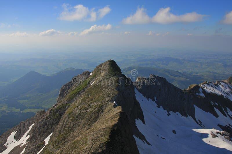 Nubes del verano sobre el soporte Girenspitz fotos de archivo libres de regalías