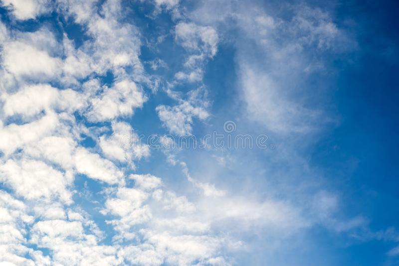 Nubes dramáticas textura, fondo abstracto imagenes de archivo