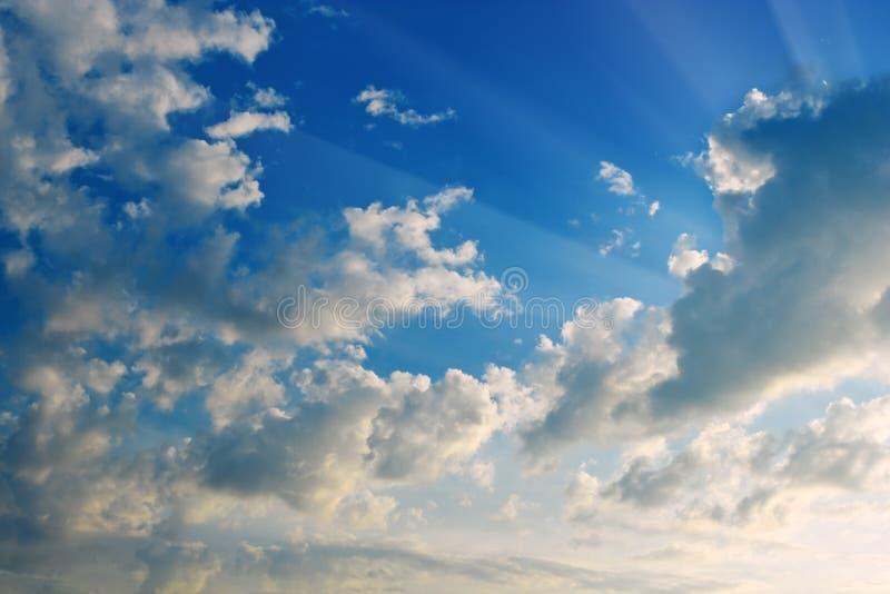 Nubes en cielo foto de archivo