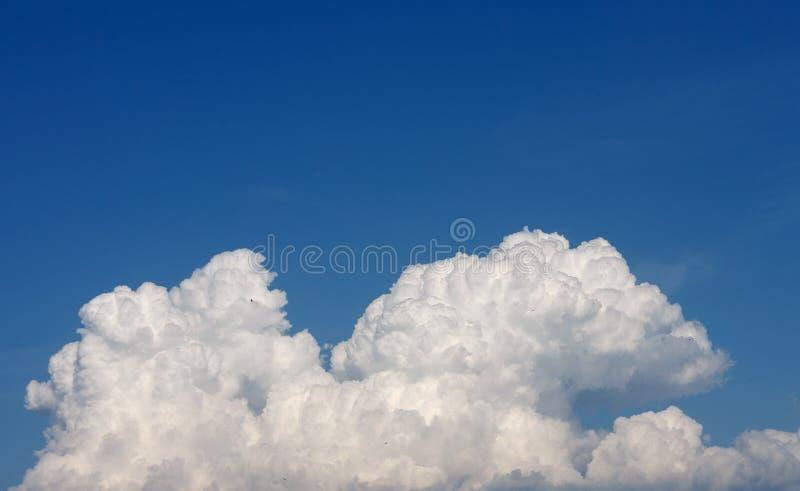 Nubes en el cielo fotografía de archivo