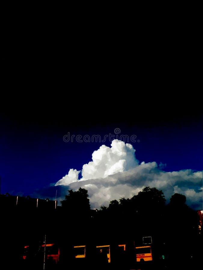 Nubes en el eclipse foto de archivo libre de regalías