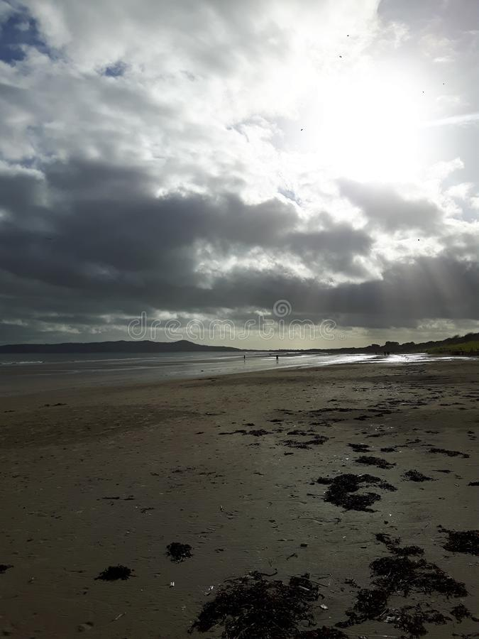 Nubes en mi playa imagen de archivo libre de regalías