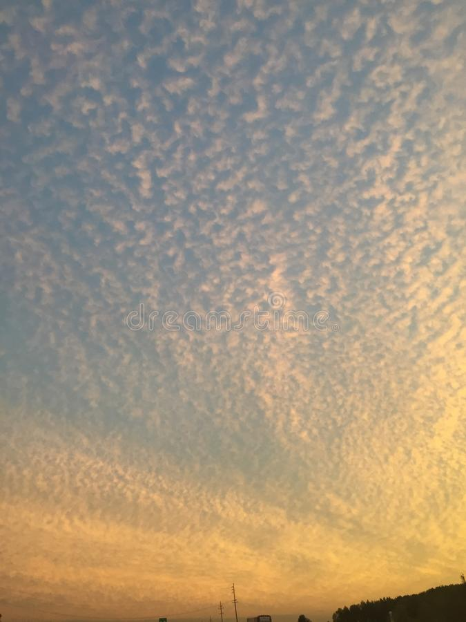 Nubes hinchadas foto de archivo libre de regalías