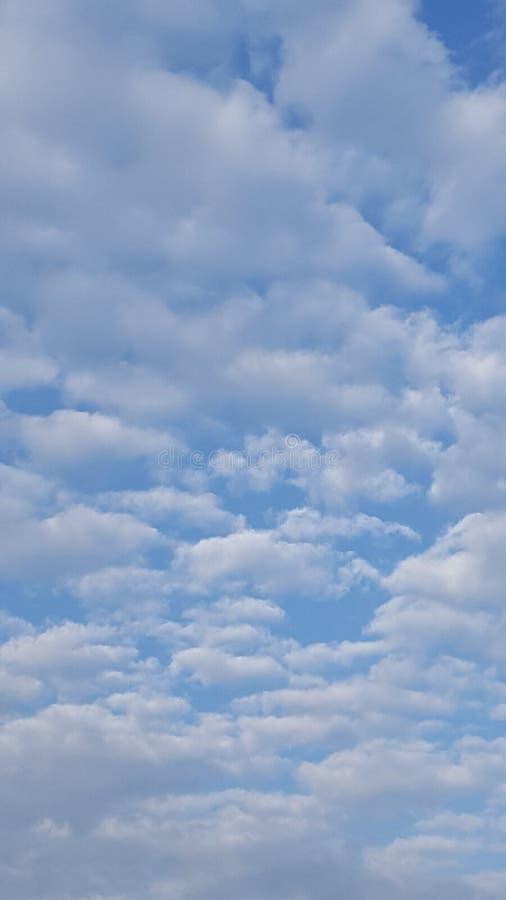 Nubes mullidas foto de archivo