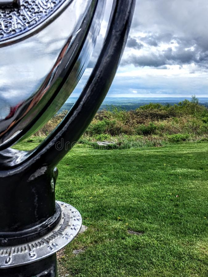 Nubes sobre las montañas de Pocono con una visión fotos de archivo libres de regalías