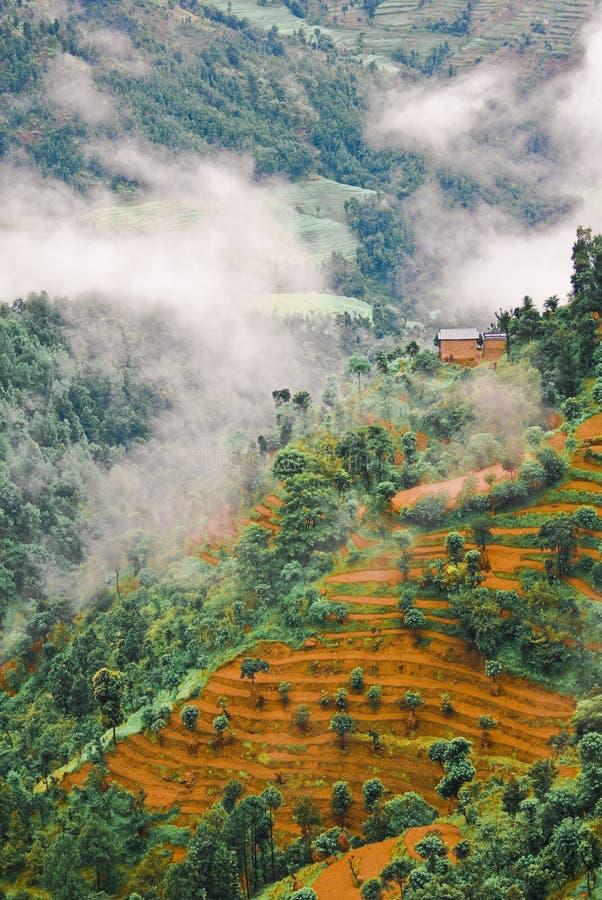 Nubes sobre paisaje tibetano imágenes de archivo libres de regalías