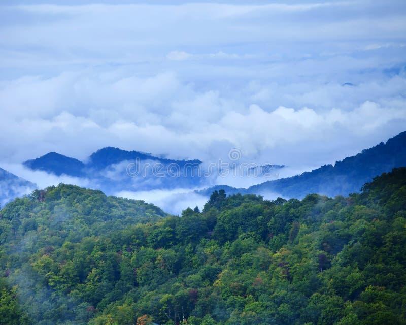 Nubes sobre smokies fotos de archivo libres de regalías