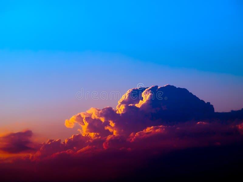 Nubi. fotografia stock libera da diritti