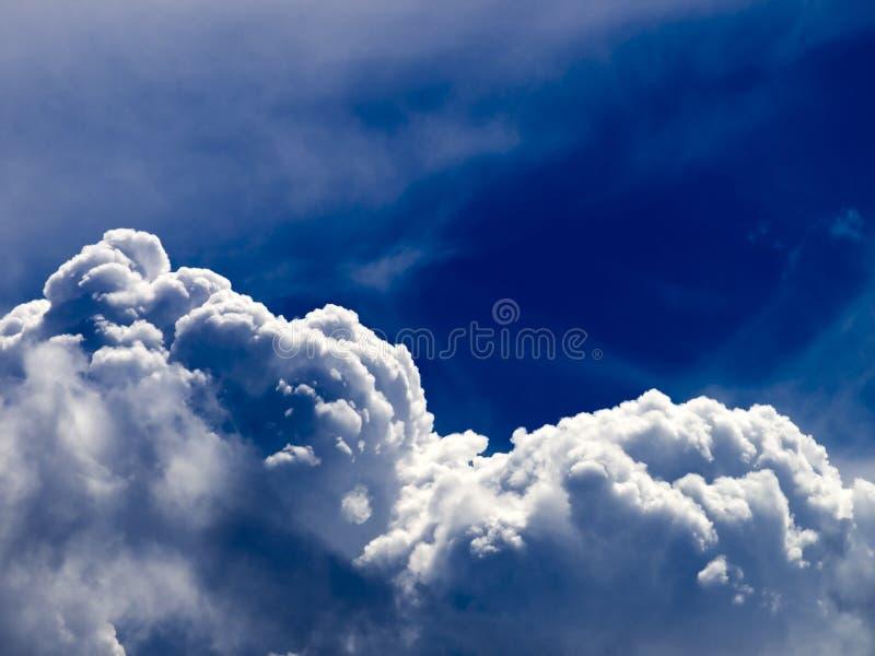 Nubi fotografie stock libere da diritti