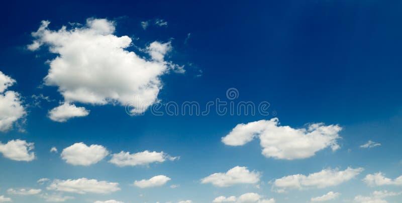 Download Nubi fotografia stock. Immagine di colore, cloudscape - 7322220