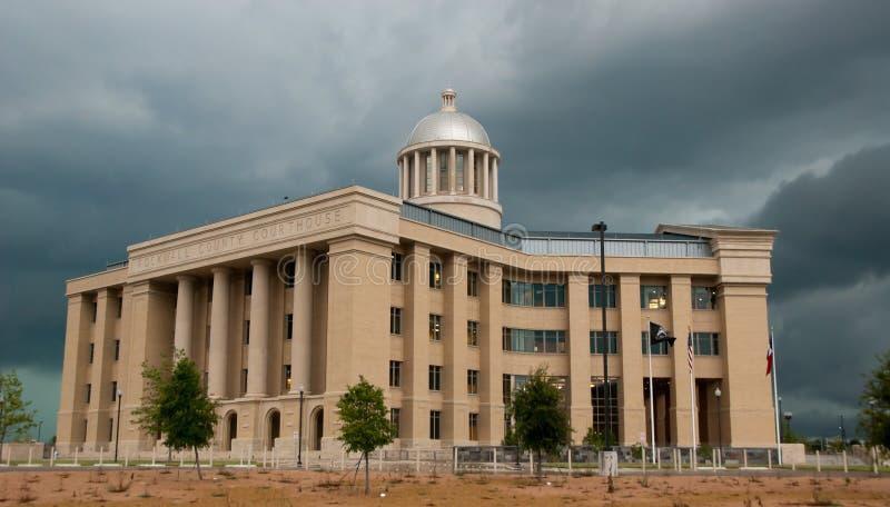 Nubi di tempesta e del tribunale fotografia stock libera da diritti