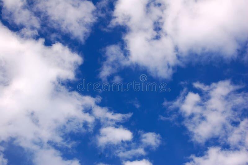 Nubi e cielo fotografie stock