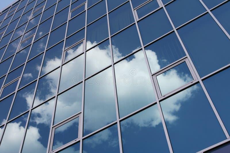 Nubi in finestra fotografia stock libera da diritti