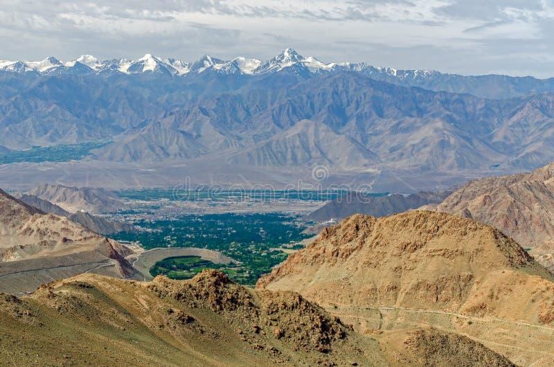 Nubra dolina nieodkryty królestwo; l10a:dziedzina natura obrazy stock