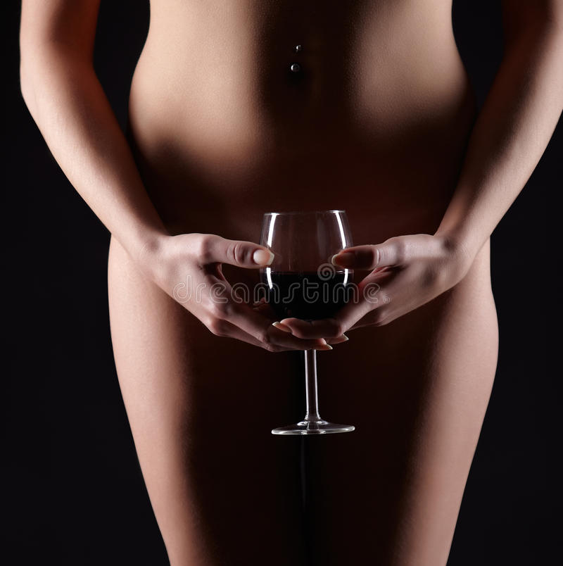 woman-naked-with-a-glass-of-wine-lesbeangirl-sextoys