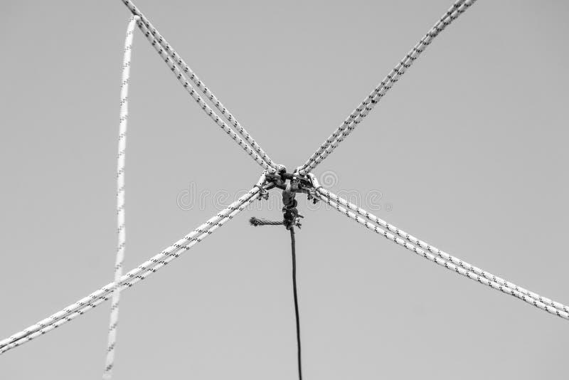 Nudos en el aire foto de archivo libre de regalías