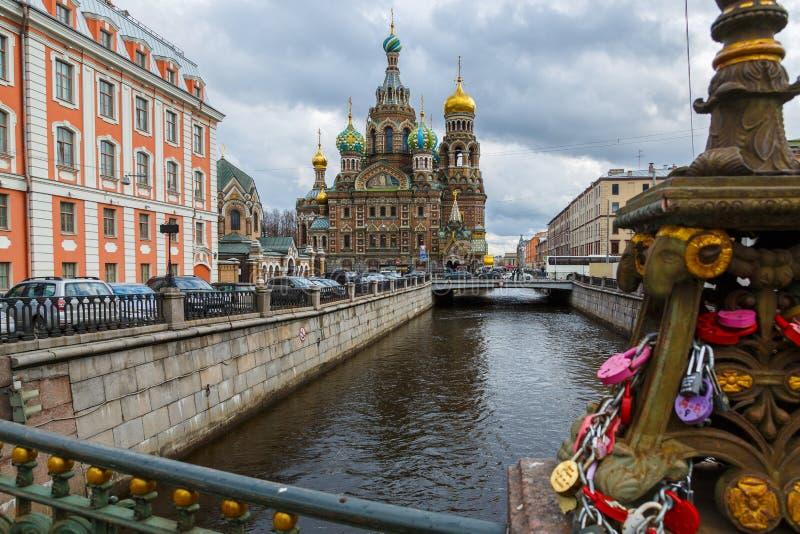 Nuestro salvador en sangre derramada en St Petersburg imagen de archivo libre de regalías