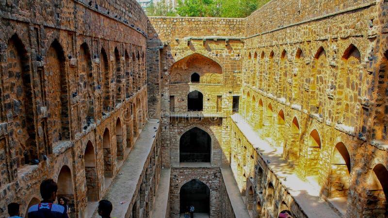NUEVA DELI, la INDIA - 21 de marzo de 2019, agrasen el lugar Delhi de Connaught del baoli del ki fotografía de archivo