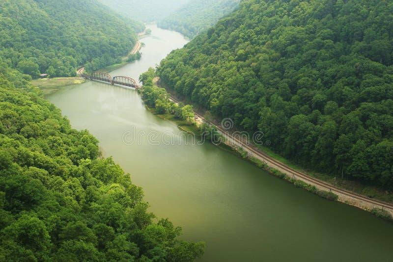 Nueva garganta del río escénica foto de archivo libre de regalías
