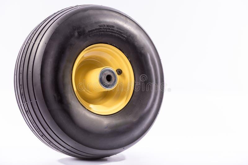 Nueva rueda de la carretilla fotos de archivo