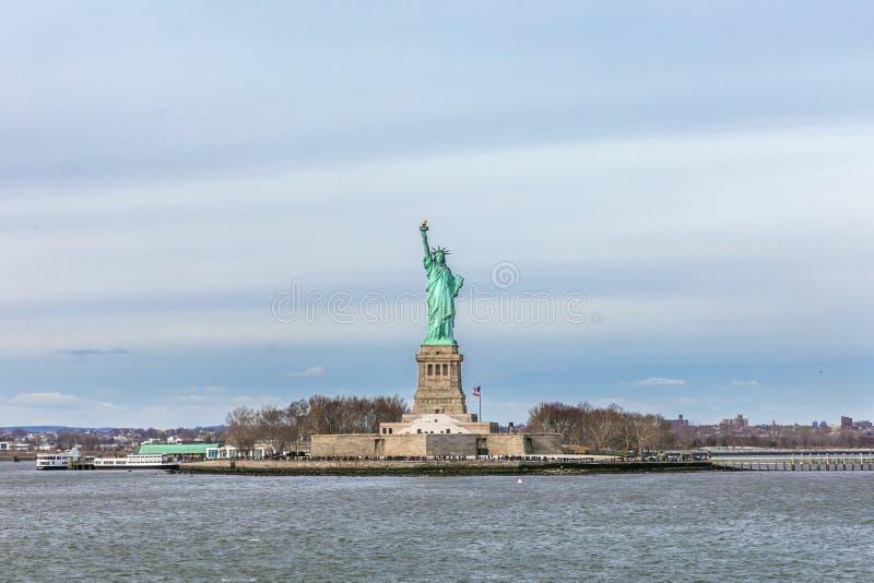 Nueva York, los Estados Unidos de América, el 31 de diciembre de 2017, estatua de imagenes de archivo