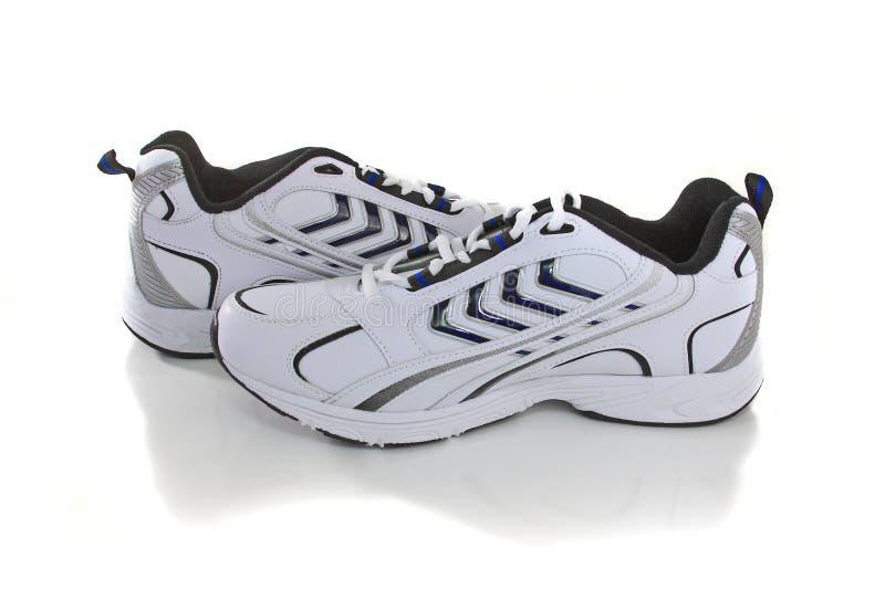 Nuevas zapatillas de deporte imagen de archivo libre de regalías