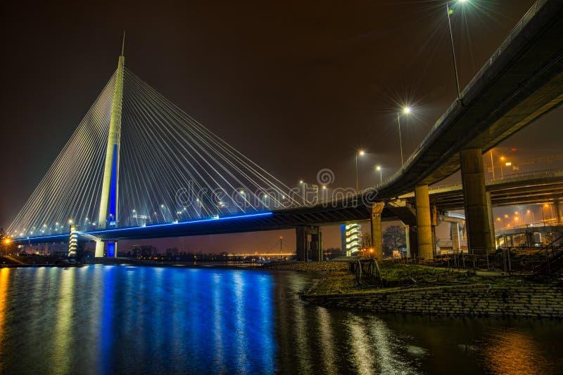 Nuevo Ada del puente de Belgrado foto de archivo