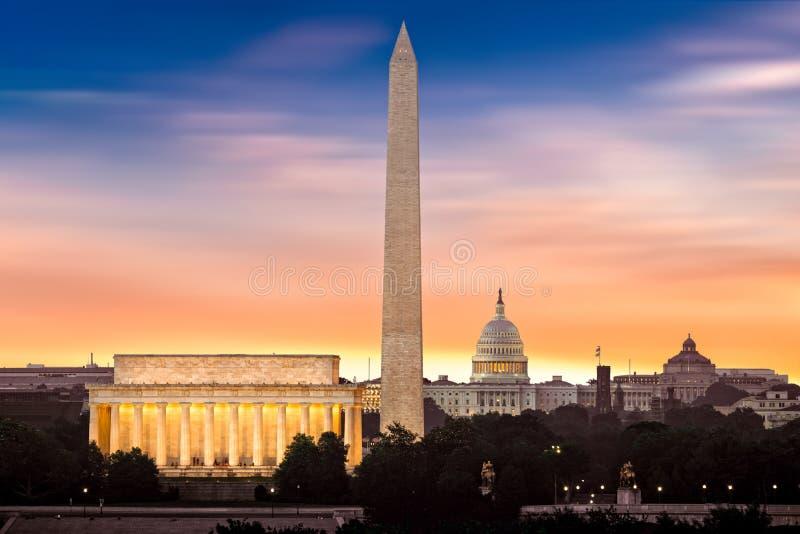 Nuevo amanecer sobre Washington imagen de archivo libre de regalías