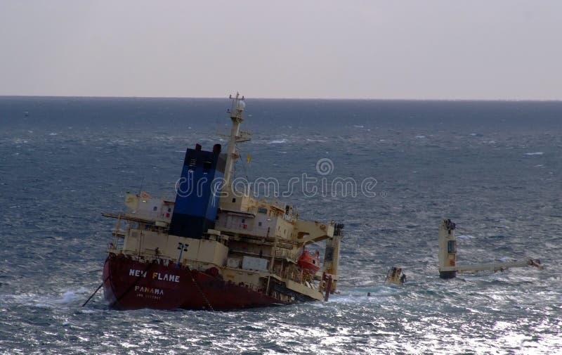 Nuevo buque de carga de la llama imágenes de archivo libres de regalías