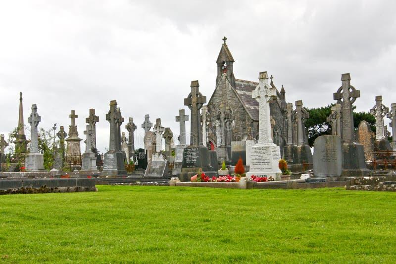 Nuevo cementerio, Bohermore, Galway, al oeste de Irlanda imagenes de archivo