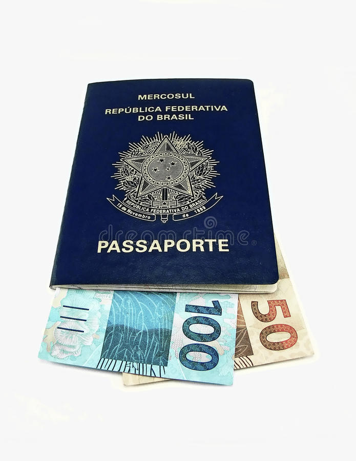 Nuevo dinero en circulación del Brasil imágenes de archivo libres de regalías