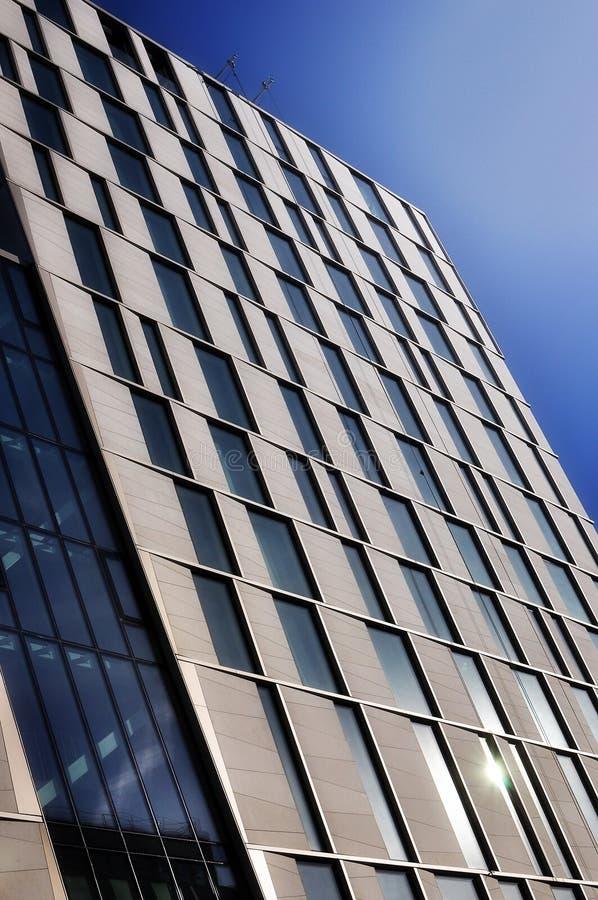 Nuevo edificio de highrise imagenes de archivo