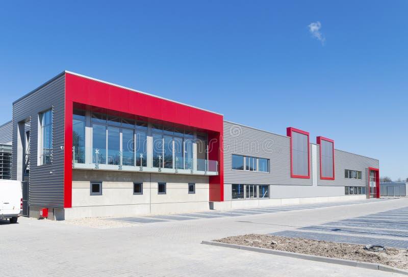 Nuevo edificio de oficinas fotografía de archivo libre de regalías