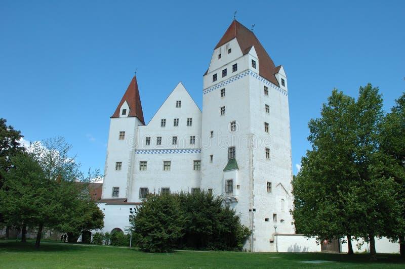 Nuevo edificio del castillo en museo del armamento en Ingolstadt en Alemania imagen de archivo libre de regalías