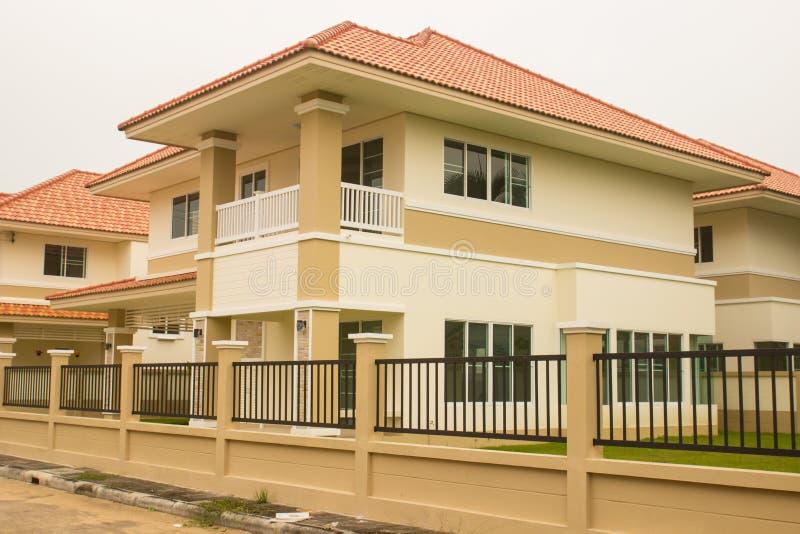 Download Nuevo hogar asiático foto de archivo. Imagen de vivienda - 42429738