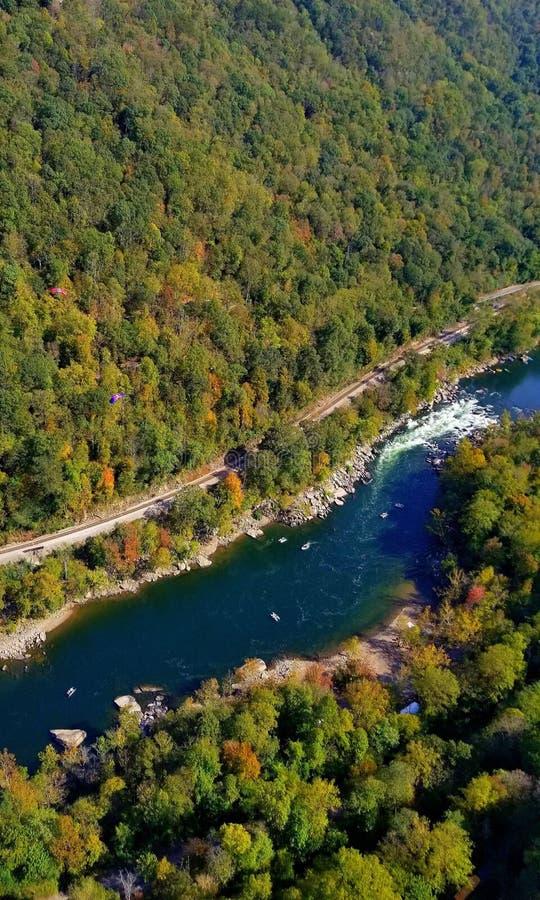 Nuevo río desde arriba imagenes de archivo
