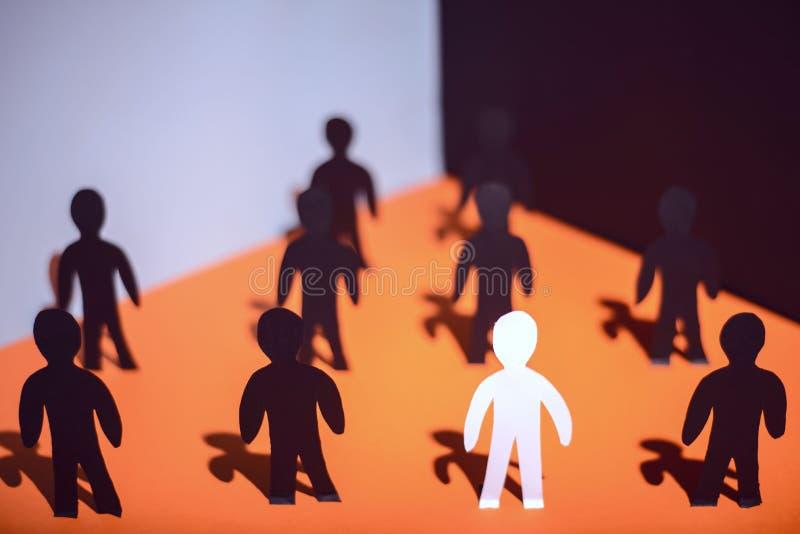 Nuevo Team Members Concepto con la individualidad y la unicidad de papel de la gente foto de archivo libre de regalías