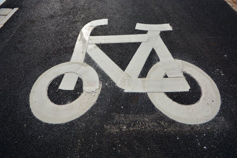 Nuevo uso del camino y de la infraestructura para la bici foto de archivo