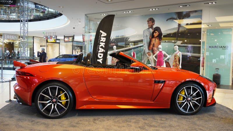 Nuevos coches de Jaguar, coches de deportes superiores imagen de archivo libre de regalías
