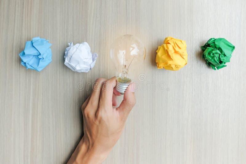 Nuevos conceptos de la idea, creativos, del genio y de la innovación imágenes de archivo libres de regalías