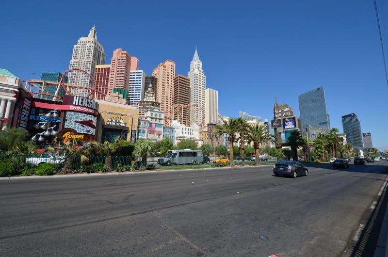 Nuevos York-nuevos hotel y casino, zona metropolitana, camino, ciudad, horizonte de York fotografía de archivo libre de regalías