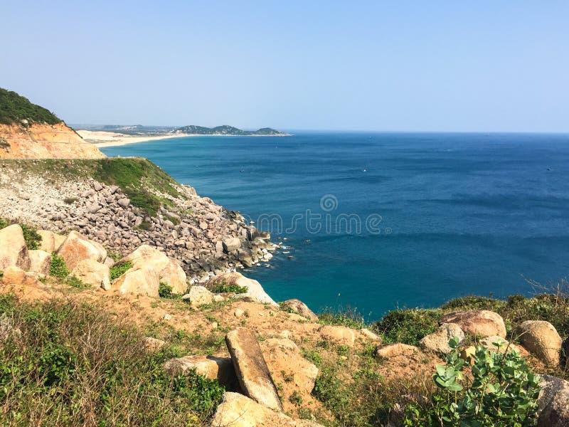 Nui Chua National Park con il mare in Phu Yen, Vietnam immagine stock libera da diritti