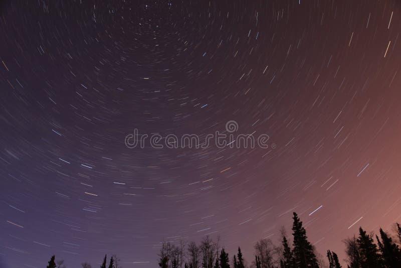 Nuit étoilée en Alaska images stock
