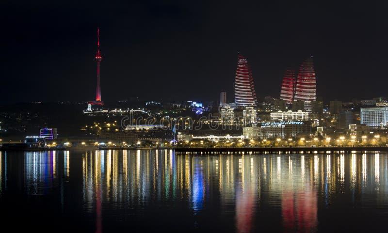 Nuit Bakou photos libres de droits