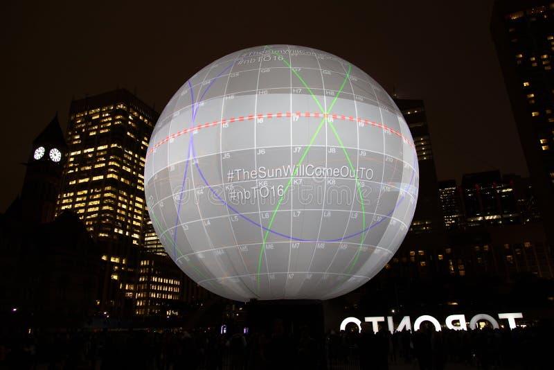 Nuit Blanche en Toronto, Canadá imagenes de archivo