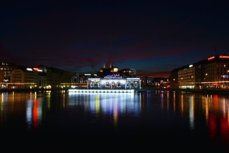 Nuit d'automne de Genève photos stock