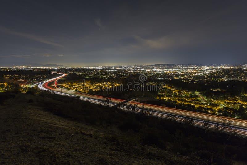 Nuit d'autoroute de vallée de Los Angeles photo stock